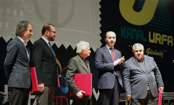 Sedat Atilla'ya yılın başarılı gazetecisi ödülü