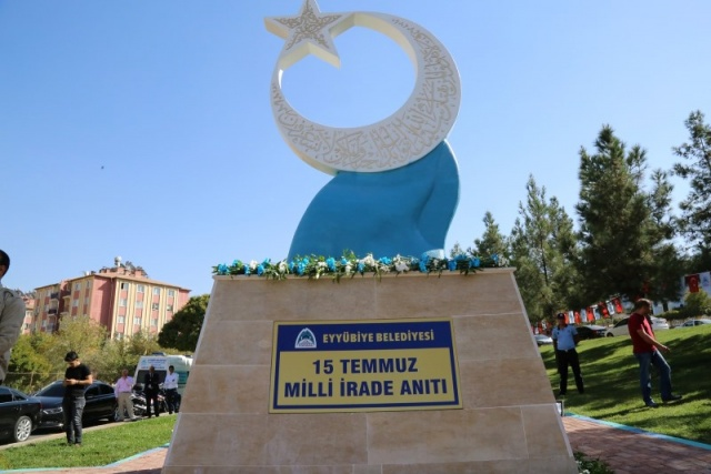 Eyyübiye Milli İrade Anıtı