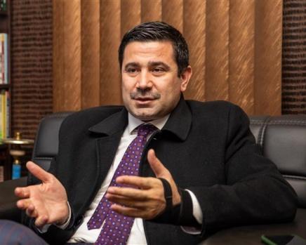 Yıldız Gazeteci Sedat Atilla'yı ziyaret etti