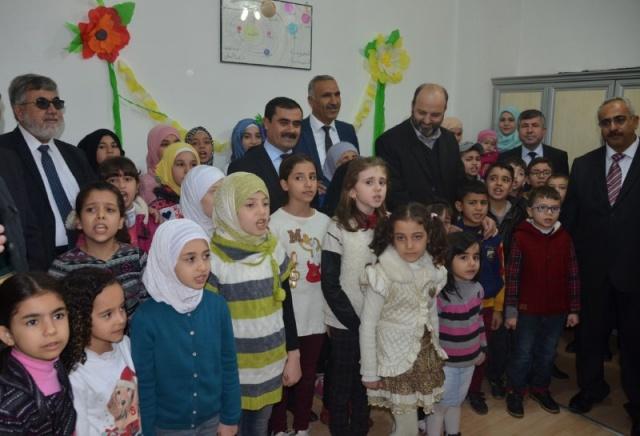 Suriyeliler İçin Okul Açıldı