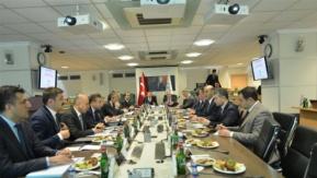 Bakanlar Eroğlu ve Fakıbaba tarım arazilerini masaya yatırdı