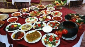 ELRUHA Otel Yöresel Yemekler