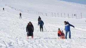 Karacadağ'da kayak sezonu açıldı