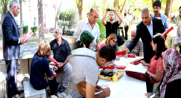 Urfa'da Öğretmenleri 3 Dilde Karşıladılar