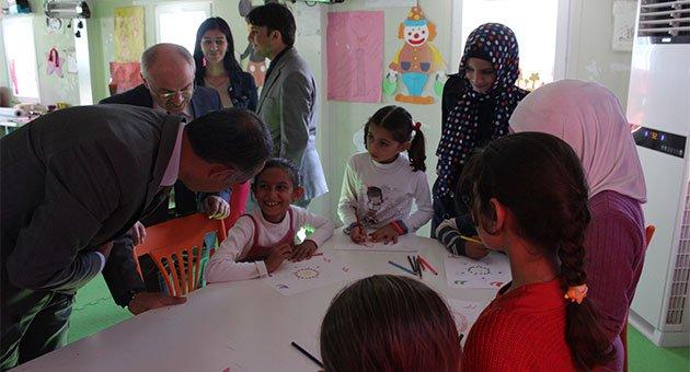 Suriyeli çocuklar için Konteynerkent hazırlığı