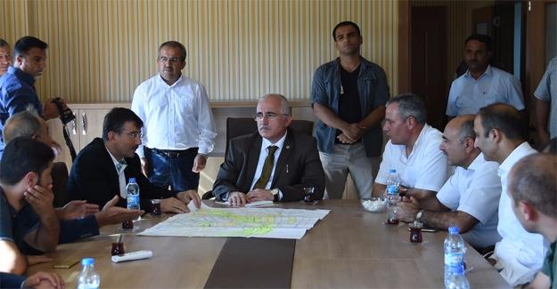 Vali Tuna Kent Gezilerini Sürdürüyor