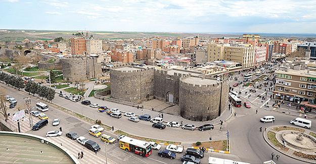 Diyarbakır'da 43 Mahallede Sokağa Çıkma Yasağı