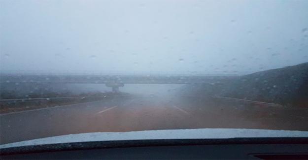 Urfa'da Sağanak Yağış ve Sis Etkili Oldu