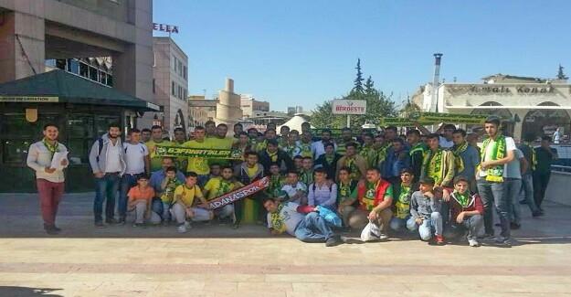 Urfasporlu Taraftarlar Adana Yolunda