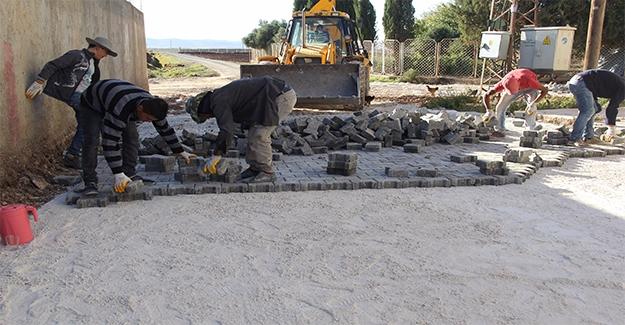Eyyübiye'de Yol Yapımı Sürüyor