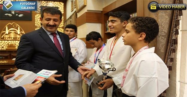 Gençliğe Önem Veren Başkan