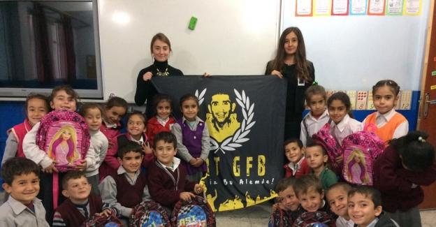 Siirt'te öğrencilere kırtasiye yardımı