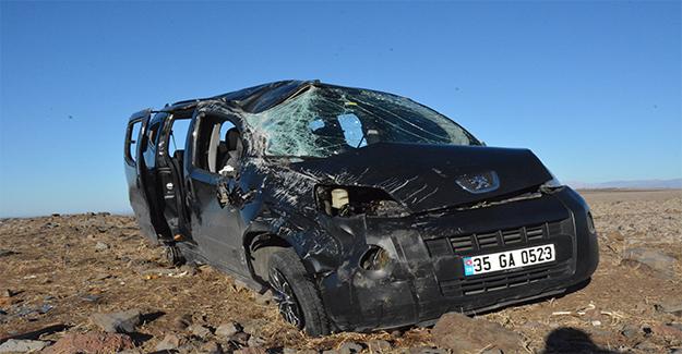 Siverek'te Trafik Kazası: 1 Ölü 3 Yaralı