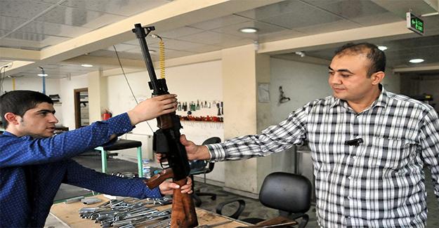 Urfa'da Kalaşnikof Modelli Av Tüfeği Üretildi