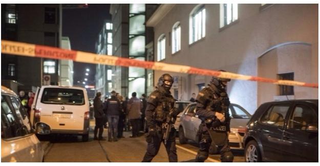 İsviçre'de Camide Silahlı Saldırı