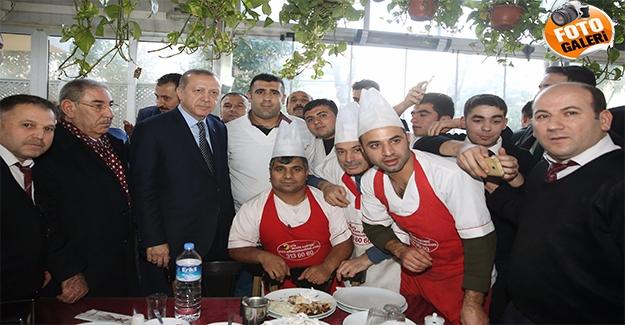 Cumhurbaşkanı Erdoğan Urfa'da Esnafı Ziyaret Etti
