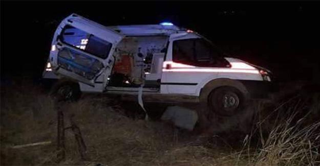 Kazaya Giden Ambulans Devrildi