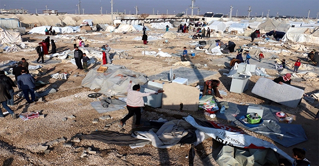 Süleyman Şah'ta Çadırlar Yenileniyor