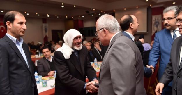 Vali Güngör Azim Tuna Kanaat Önderleri İle Buluştu