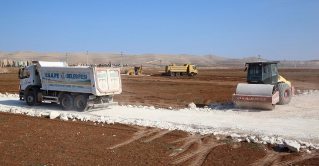 Haliliye Belediyesi Dağ Eteğinde Yeni Yollar Açtı