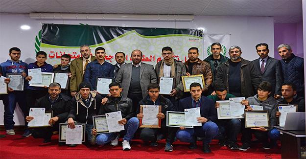 Şanlıurfa'daki Suriyeliler Uzaktan Eğitim ile Diploma Sahibi Oldu