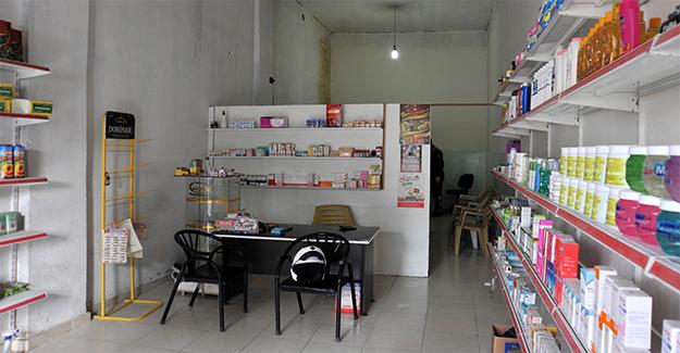 """Suriyelilerin İşlettiği Bakkal Görünümlü """"Diş Kliniği"""" Kapatıldı"""