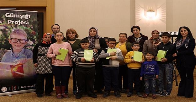 Türk Telekom, Şanlıurfa'da Az Gören 48 Çocuğa Günışığı Eğitimi Verdi