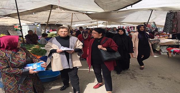AK Kadınlar Siverek'te Referanduma EVET Desteği İstedi