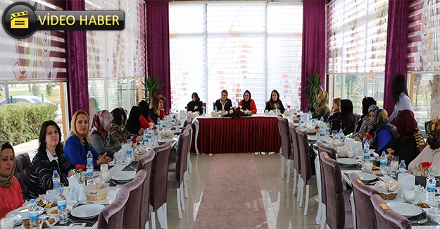 Şanlıurfa'da Kadınlar EVET İçin Sahaya İniyor