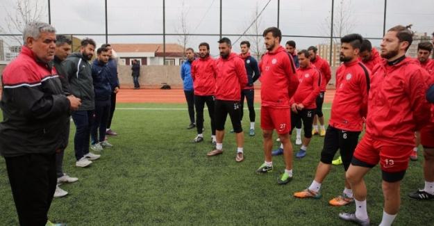Karaköprü Belediyespor Play Off Maçına Çıkıyor