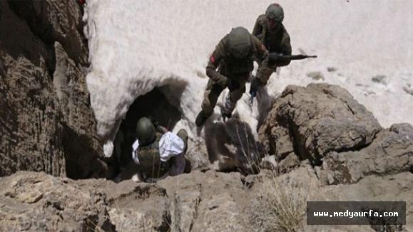 Batının Verdiği Silahlar Mağaralardan Çıkıyor