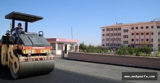 Büyükşehir'den Akçakale'de Asfalt Çalışması