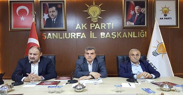 Gülpınar ve Fakıbaba AK Parti Yönetim Kurulu Toplantısına Katıldı