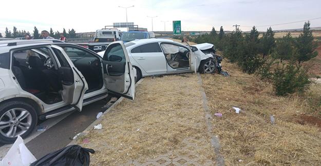 Şanlıurfa-Gaziantep Yolunda Trafik Kazası: 5 Yaralı