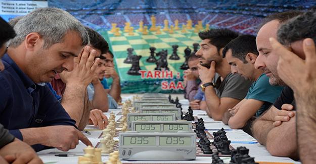 Siverek'te Geleneksel Satranç Turnuvası Tamamlandı