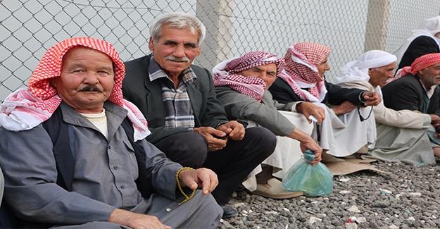 Suriyeli Kürtler Terör Örgütlerinin Baskısından Evlerine Dönemiyor