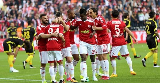 TFF 1. Lig'in Şampiyonu Sivasspor Oldu