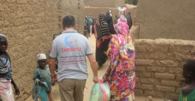 Kamerun'daki yoksullara