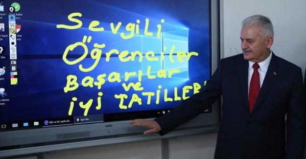 ''Türkiye'nin Geleceğini Size Emanet Edeceğiz''