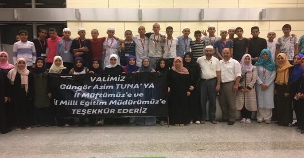 Umre Yapan Gençler Şanlıurfa'ya Döndü