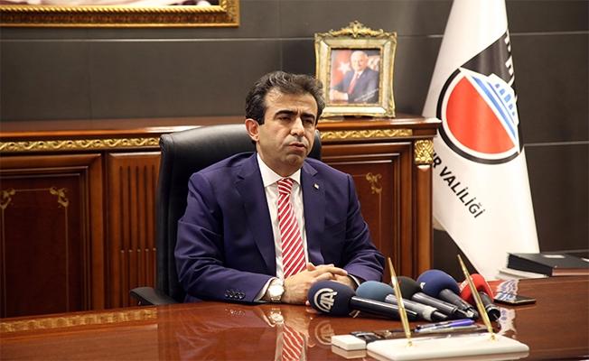Urfalı Vali Güzeloğlu Diyarbakır'da Göreve Başladı