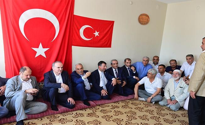 Bakanlar Fakıbaba ve Özlü Şehit Ailelerini Unutmadı