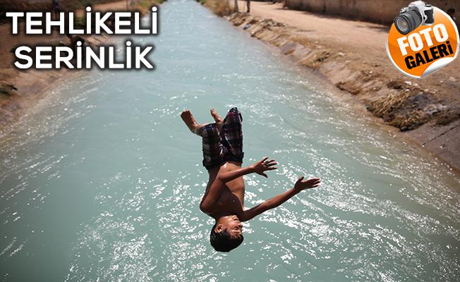 Çocuklar Sıcak Havalarda Kanallarda Serinliyor