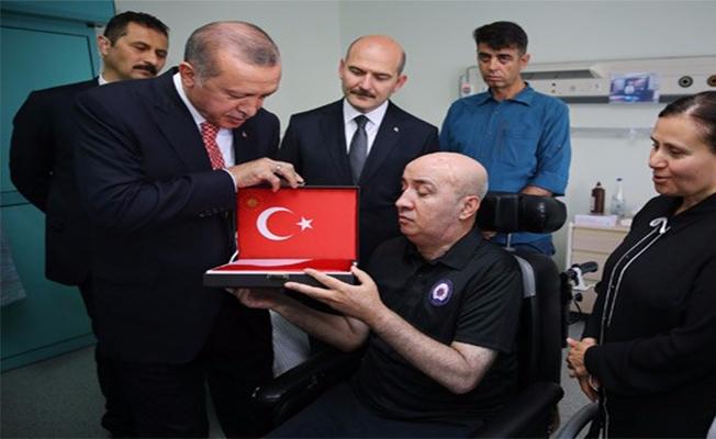 Erdoğan 15 Temmuz Gazisini Ziyaret Etti