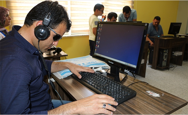 Görme Engellilere Bilgisayar Kursu