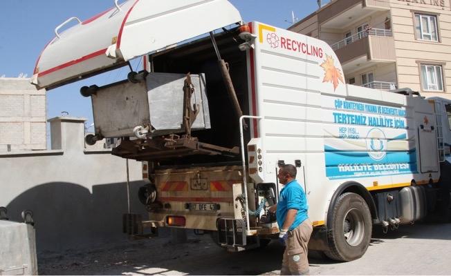 Haliliyede Çöp Kutuları Dezenfekte Ediliyor