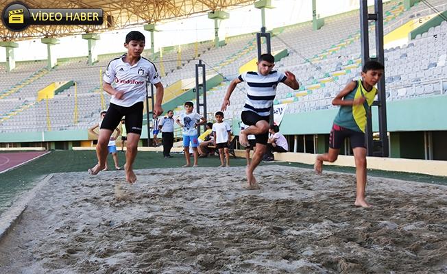 Keşküş'ten Gençlere Tavsiye: Tatili Sporla Geçirin