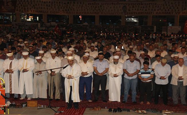 Şanlıurfa'da 15 Temmuz Nöbeti Sürüyor
