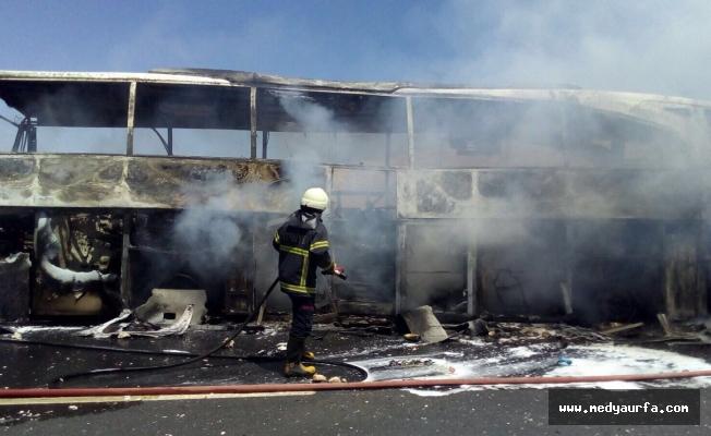 Şanlıurfa'da Yolcu Otobüsünde Yangın