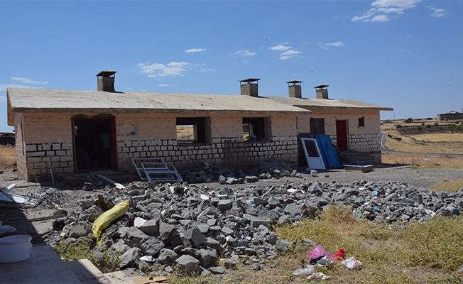 Siverek Direkli ve Karabahçe'de Çok Amaçlı Hizmet Evi Çalışması